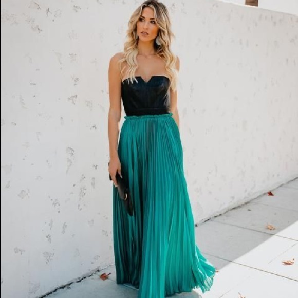 Vici Dresses & Skirts - 💚Vici Faux Leather Teal Strapless Maxi Dress💚